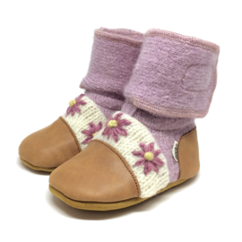 Nooks Lilac Flower Nooks Booties