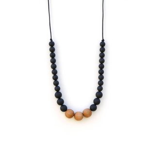 Loulou Lollipop Naturalist Black Mama Statement Necklace