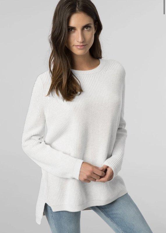 525 Emma Hi-Lo Shaker Sweater