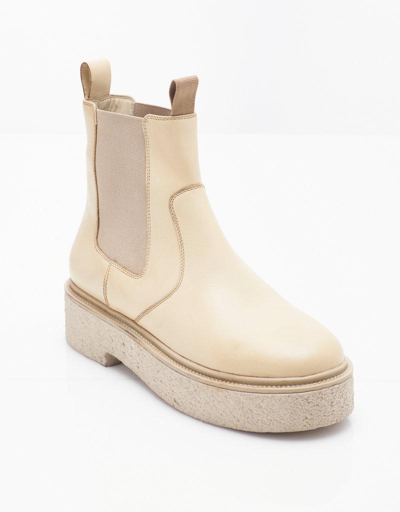 FP Carmel Chelsea Boot