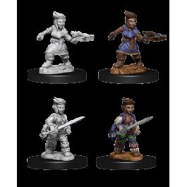 Wizkids Pathfinder Miniature:  Female Halfling Rogue