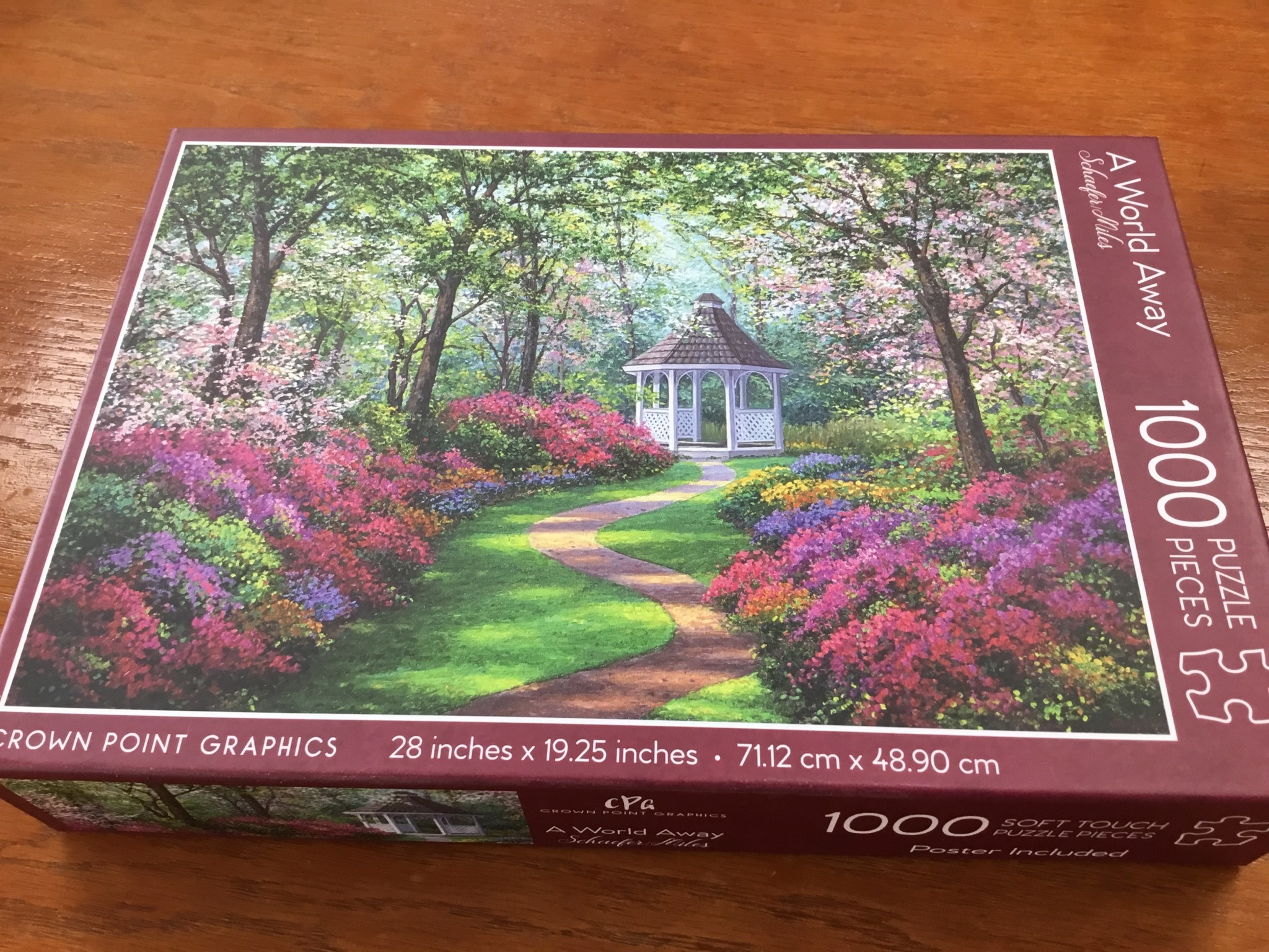 Crown Point Graphics Crown Point Puzzle: A World Away (1000pc)