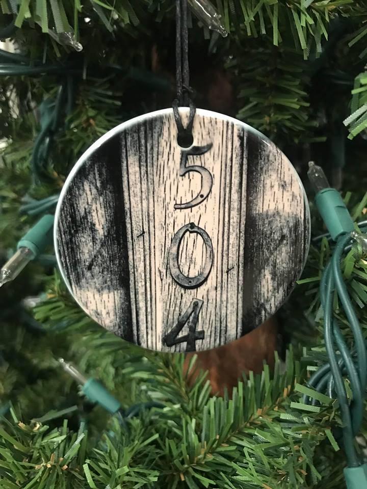 504 Ceramic Disc Ornament