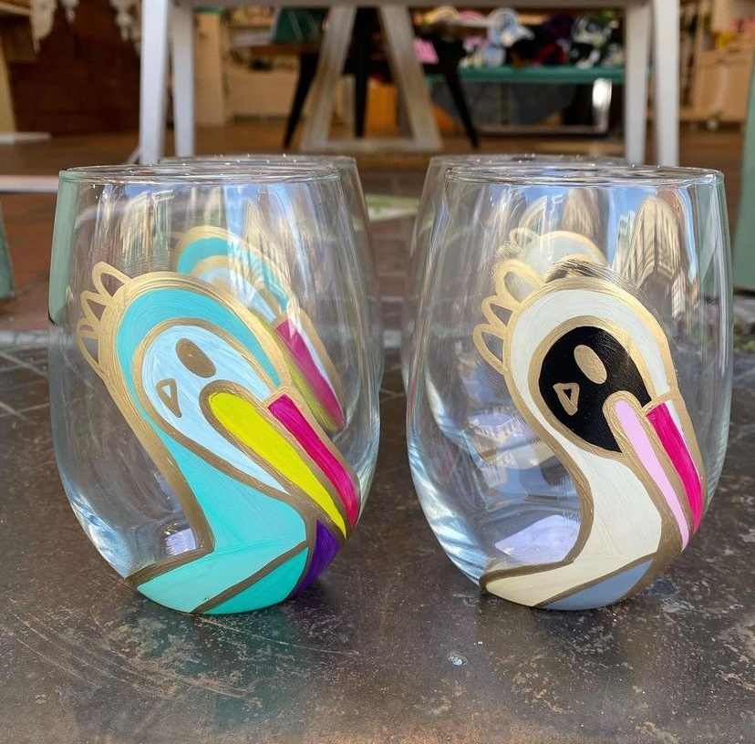 Pelican Wine Glass