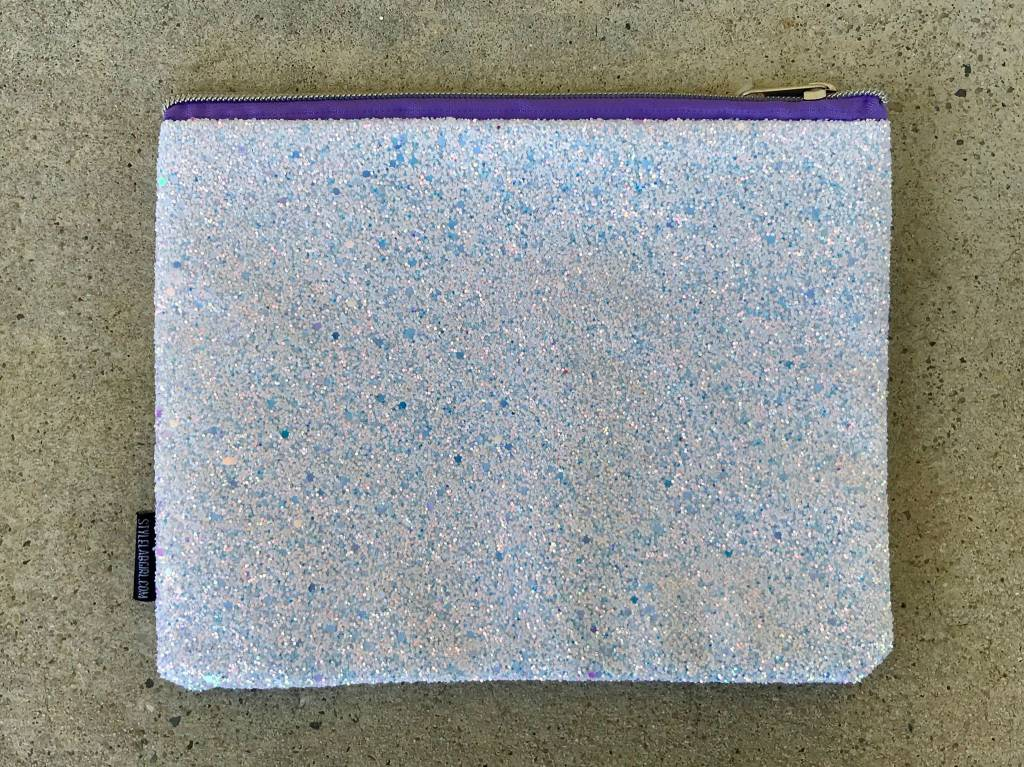 Chunky Glitter Pouch in Iridescent White