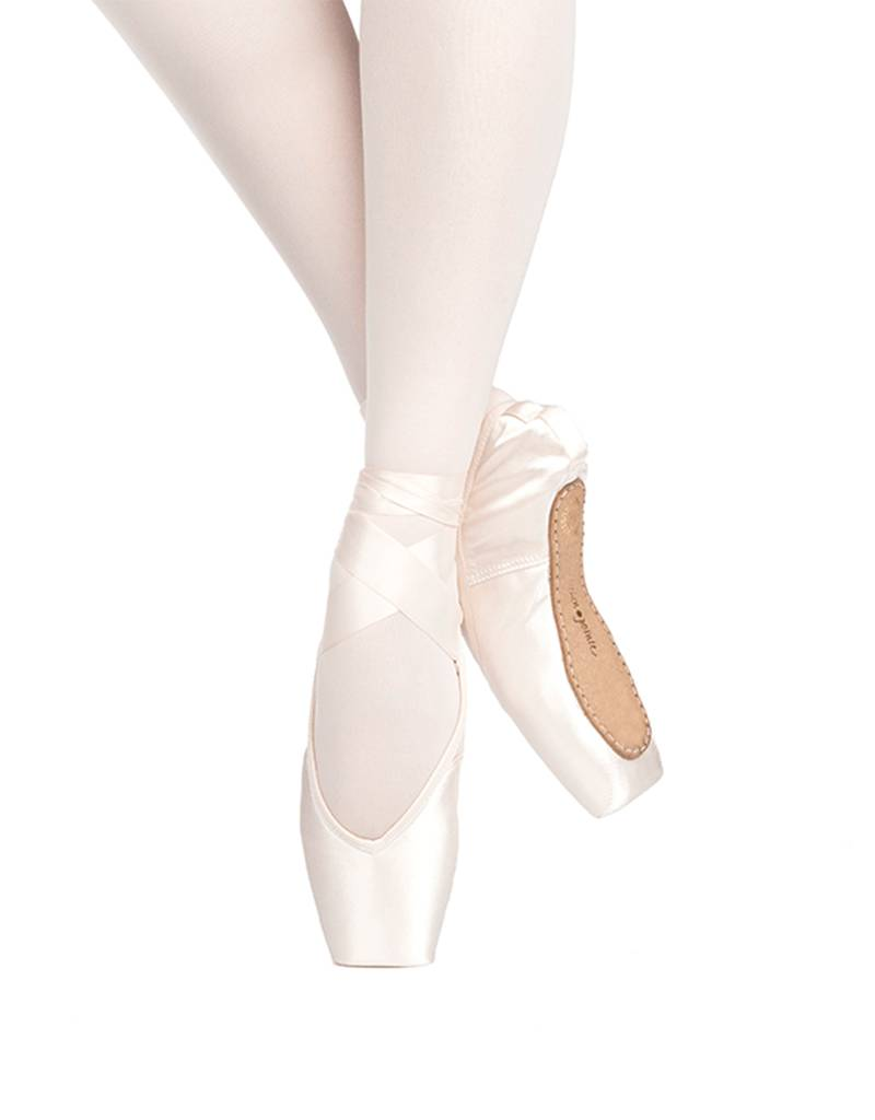 "Russian Pointe Size 43: Rubin ""Ruby"" V-Cut"