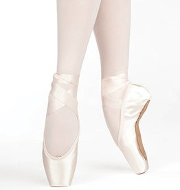 Russian Pointe AD Size 37.5