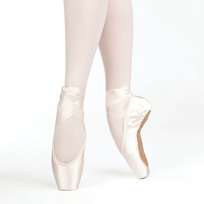 Russian Pointe Size 40: Almaz U-Cut with Drawstring