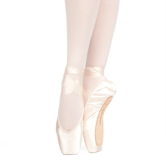 Russian Pointe Size 33: Muse U-Cut Pointe Shoes with Drawstring