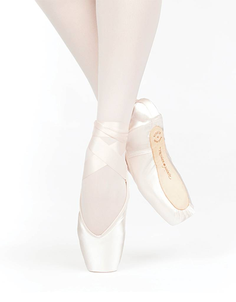 Russian Pointe Size 41: Lumina V-Cut