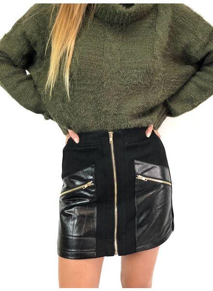 Knockout Mini Skirt
