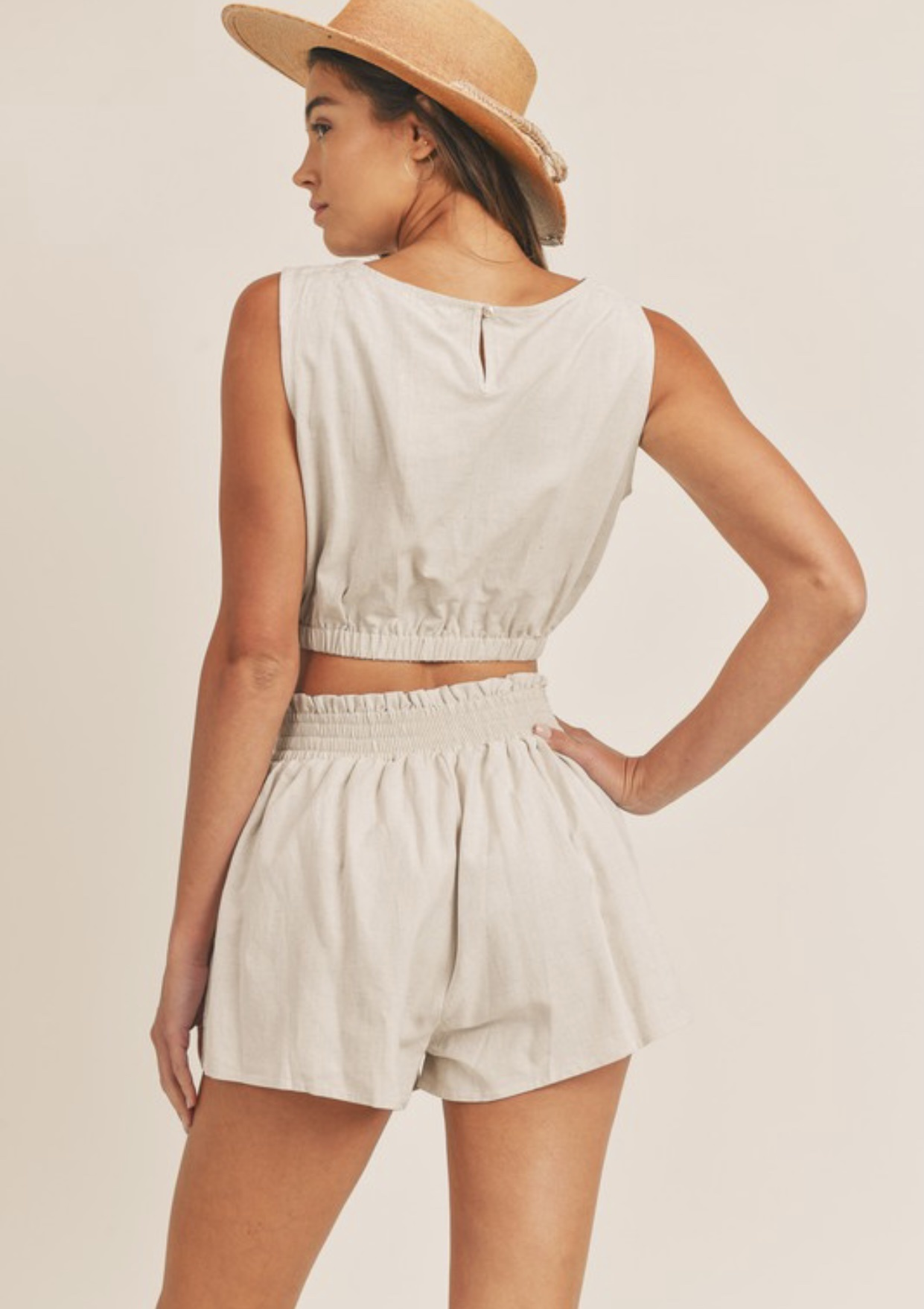 On the Pier Linen Shorts
