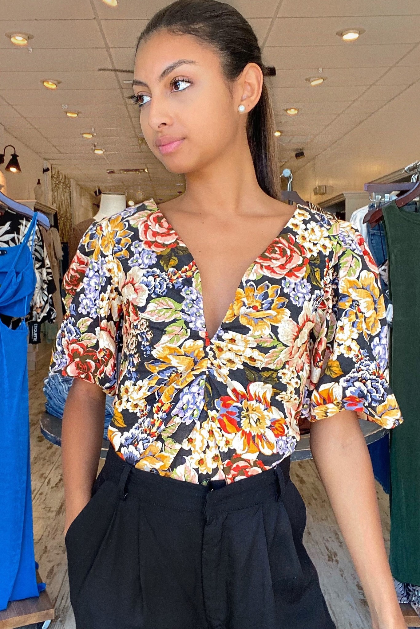 Allover Floral Puff Sleeve Top