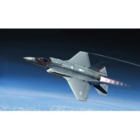 Italeri F35A Lightning II USAF CTOL version 1:32