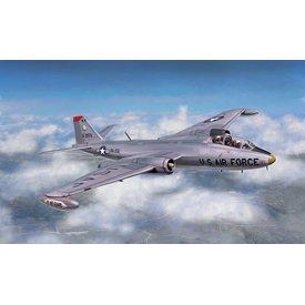 Italeri USAF B57B Canberra 1:72 scale plastic kit