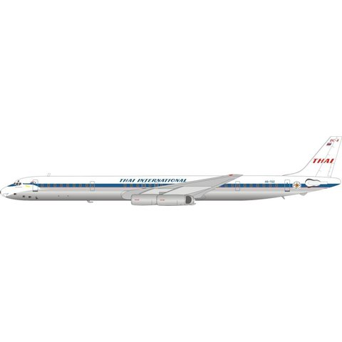 DC8-63 Thai Airways International HS-TGZ 1:200 with stand