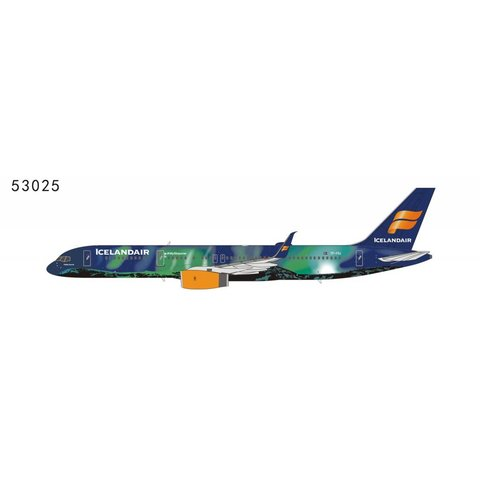 B757-200S Icelandair Hekla Aurora TF-FIU Northern Lights 1:400