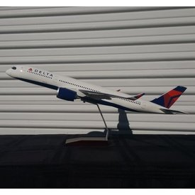Gemini Jets A350-900 Delta 2007 Livery N502DN 1:100 with stand
