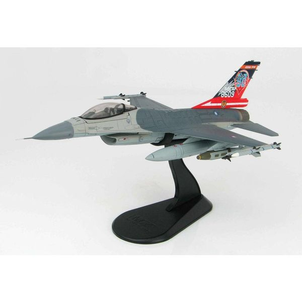 Hobby Master F16A Fighting Falcon ROCAF Solo Demo Taiwan 2017 1:72