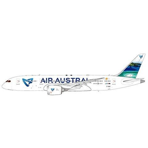 B787-8 Air Austral F-ORLC w/Stand 1:200