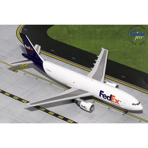 A300-600F FedEx Express N683FE 1:200 with stand (1st release)