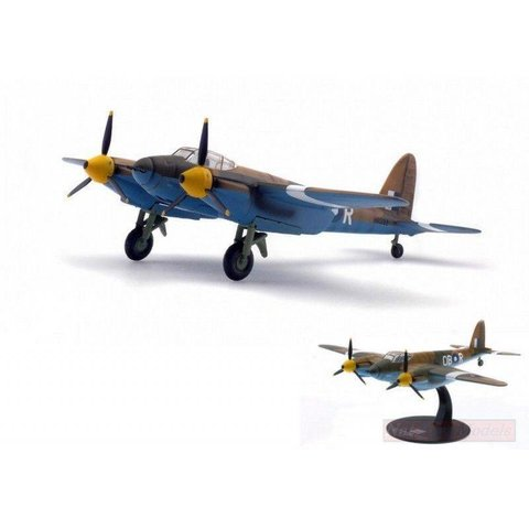 Mosquito MKVI RAF OB-R india 1945 1:72 with stand