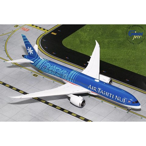B787-9 Air Tahiti Nui New Livery 2018 F-ONUI 1:200 with stand
