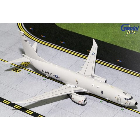 P8 Poseidon US Navy 428 1:200 with stand +NEW MOULD+(2nd run in production)
