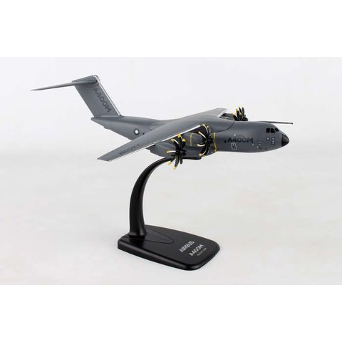 A400M Atlas Airbus House 1:200 with stand