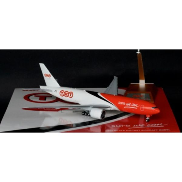 JC Wings B777F TNT OO-TSC 1:200 with stand++SALE++