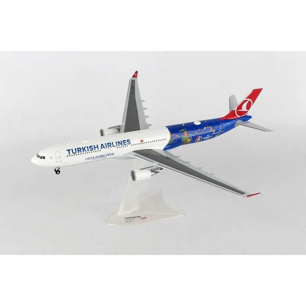 Herpa A330-300 Turkish 1:200 UEFA EURO 2016 EM 2016 1:200 with stand