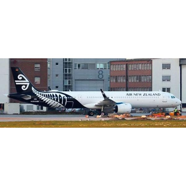 JC Wings A321neo Air New Zealand 2014 livery ZK-NNB 1:200 with Stand