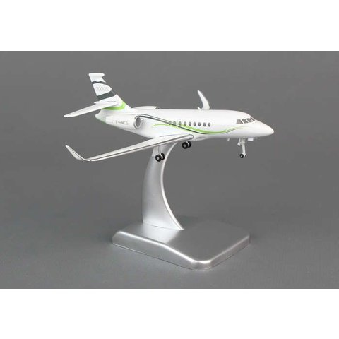 Falcon 2000LX F-HMCG 1:200 with stand