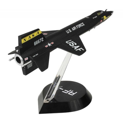Bell X15A NASA US Air Force 3 66672 Little Joe 1:72 with stand