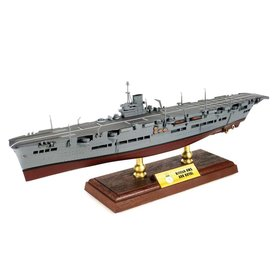 Forces of Valor HMS Ark Royal Royal Navy 1:700 with stand