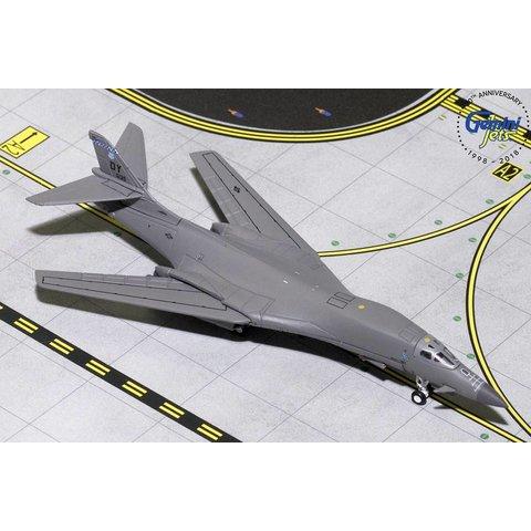 B1B Lancer USAF Dyess AFB 86-0135 1:400