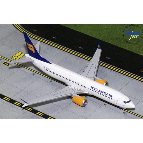 B737 MAX8 Icelandair New Livery TF-ICE 1:200 with stand
