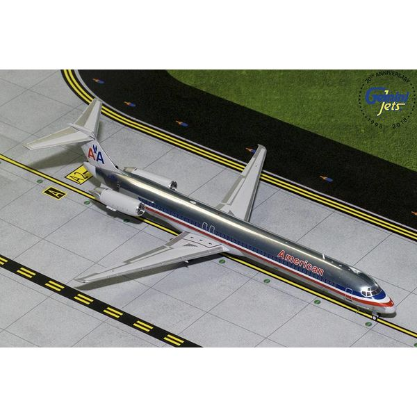Gemini Jets MD83 American Airlines old livery N9621A Polished 1:200 with stand