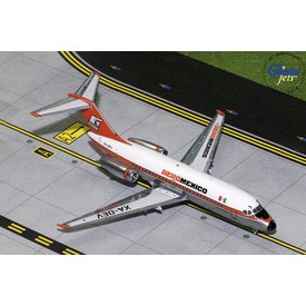 Gemini Jets DC9-15 AeroMexico orange livery XA-DEV polished 1:200 with stand