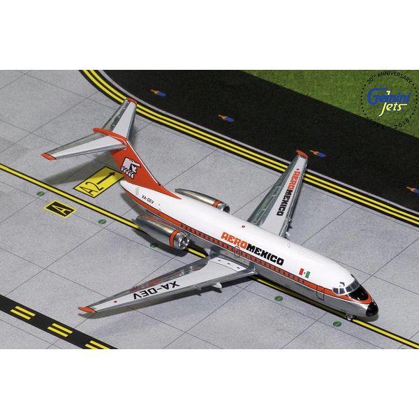 Gemini Jets DC9-15 AeroMexico orange livery XA-DEV polished 1:200 with stand