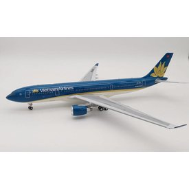 InFlight A330-200 Vietnam Airlines VN-A376 1:200 with Standwith Stand