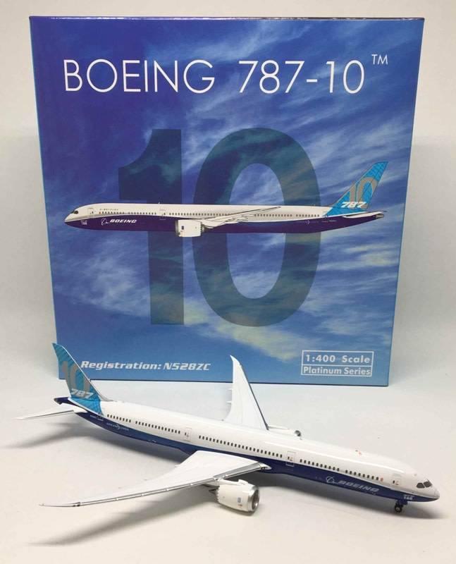 B787-10 Dreamliner Boeing House Livery N528ZC 1:400 by Phoenix
