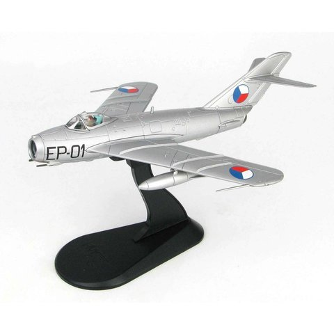 MiG17F Fresco C MGen.Kukel Czechoslovak Air Force EP-01 1957 1:72 with stand