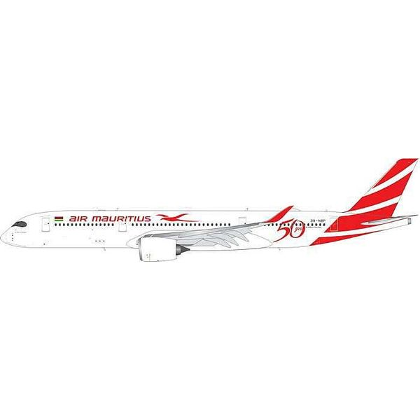 Phoenix A350-900 Air Mauritius 50th 3B-NBP 1:200 with stand