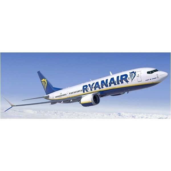 JC Wings B737 MAX8 Ryanair EI-HAT 1:400 with antennae