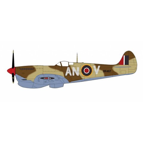 Spitfire Vb 417 Squadron RCAF AN-V BR487 Tunisia 1943 1:48 with stand