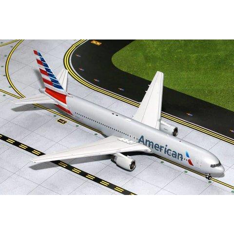 B767-300 American 2013 c/s N368AA 1:200