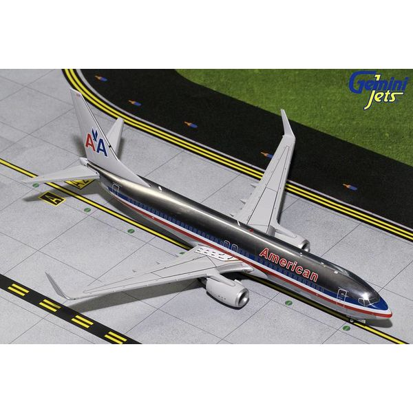 Gemini Jets B737-800W American Airlines old livery N921NN 1:200 polished with stand