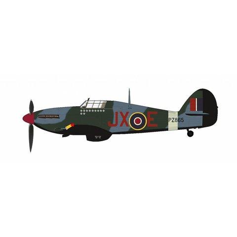 Hawker Hurricane IIc 1 Sqn.RAF Night Reaper JX-E PZ885 1942    1:48 with stand