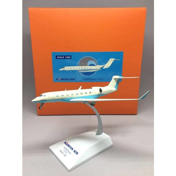 JC Wings G650 Gulfstream Korean Air HL8068 1:200 with stand